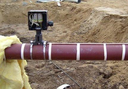 Как утеплить водопровод с помощью греющего кабеля